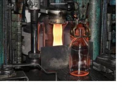 Strojní výroba lahví